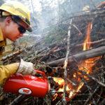 Firefighter drip torch