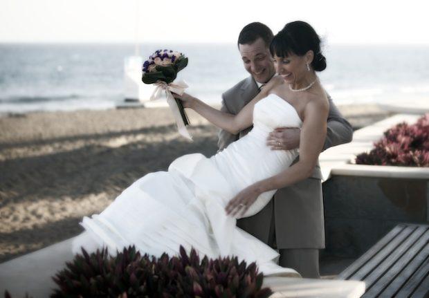 bride and groom by beach playa del ingles